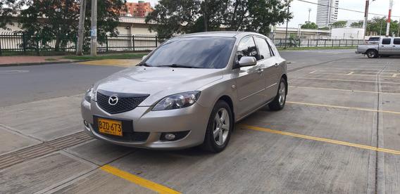 Mazda 3. Color Gris. Motor 1.6. Modelo 2007. Automático