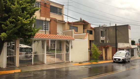 Casa En Venta En Lomas Altas, Toluca, A Increible Precio!