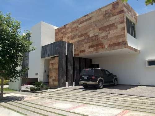 Residencia En Venta Y Renta En La Loma Club De Golf, San Luis Potosi