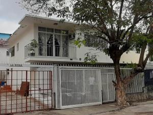 20-10259 Hermosa Casa En La California Sur