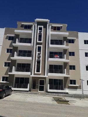 Se Alquila Apartamento En Alameda Próx Prol. 27 De Febrero