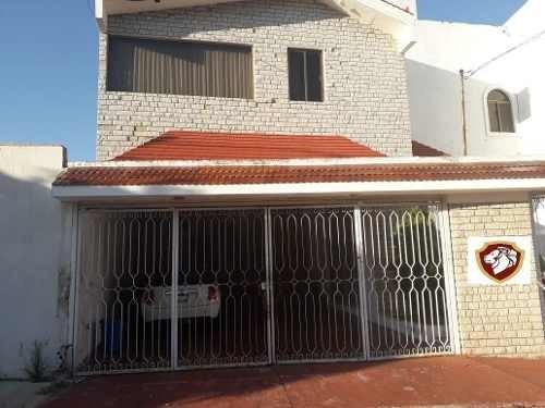 Oportunidad Casa Para Remodelar En Jardines Universidad En Guadalajara