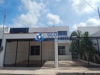 Casa En Renta Montebello Cerca De Plaza City Center Cr-4568