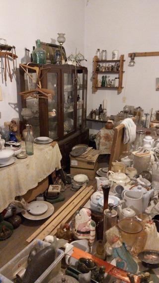 Se Venden 2 Habitaciones Con Muebles, Cuadros Y Antiguedades