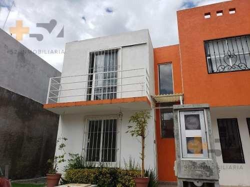 Casa En Venta Dentro De Fraccionamiento Atras De Finsa En Coronango Puebla. Urge
