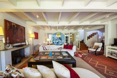 Casa En Venta, Golf, Punta Del Este, 4 Dormitorios.- Ref: 5866
