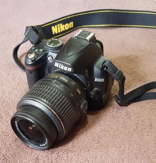 Câmera Nikon D3000 + Lente 18-55 Mm