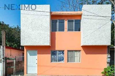 Se Vende Casa En Col. Serapio Venegas
