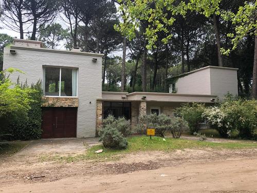 Casa Para 15 Personas En Centro De Cariló