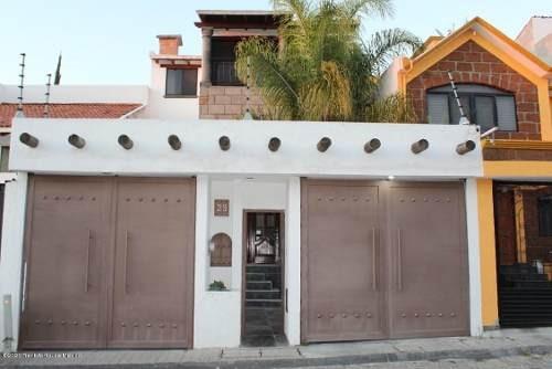 Casa En Renta En Milenio 3era Seccion, Queretaro, Rah-mx-20-1306