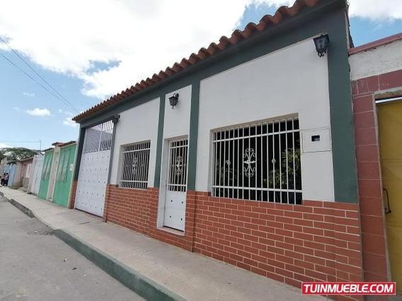 Casa En Venta Juan Villegas Rah19-16520telf:04120580381
