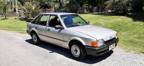 Ford Escort Motor 1.6 Gris 1990 5 Puertas