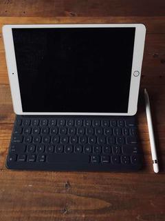 iPad Pro 10.5 64gb + Smart Keyboard + Apple Pencil