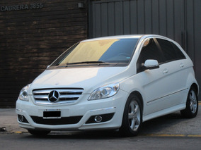 Mercedes Benz Clase B 180 Automatica Impecable - Carhaus