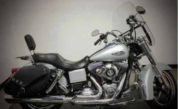 Motocicleta Harley Davidson Dyna Switchback 2012