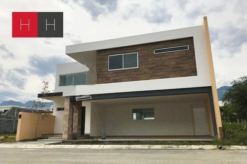 Casa En Venta Amorada Privada Residencial Al Sur De Monterre