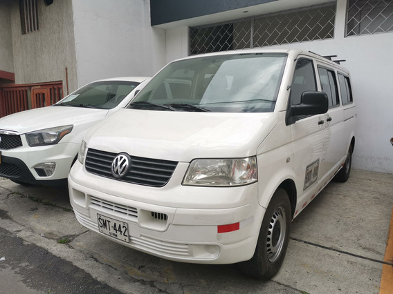 Volkswagen Transporter 13 Pasajeros