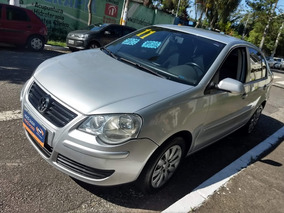 Volkswagen Polo Sedan 1.6 Vht Total Flex I-motion 4p