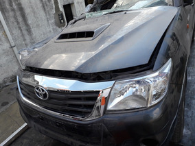 Toyota Hilux Dx 4x2 2015 Chocada En Marcha