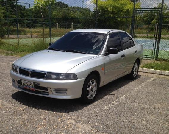 Mitsubishi Signo Plus Sincrónico Año 2010