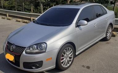Volkswagen Bora Gli 2.0t