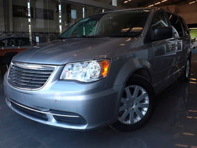 Chrysler Town & Country Li At 2016 Plata