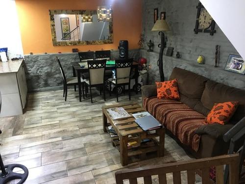 Vende Casa 3 Dormitorios, 2 Baños, Garaje, Barbacoa , Azotea