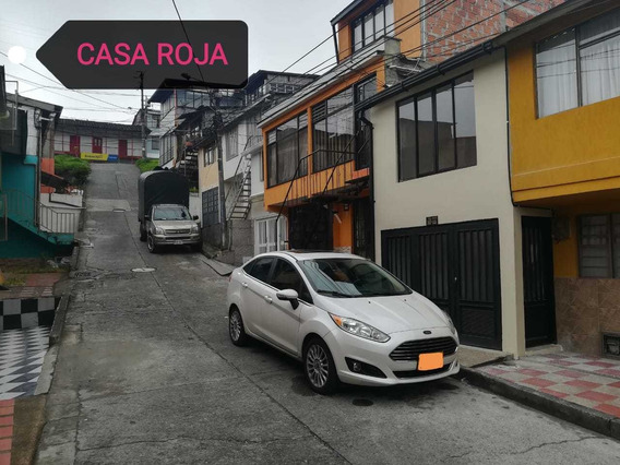 Casa En Venta Barrio La Enea Con Renta.