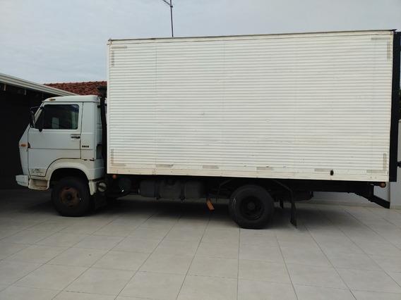 Caminhão 3/4 Bau Volkswagen 6.90