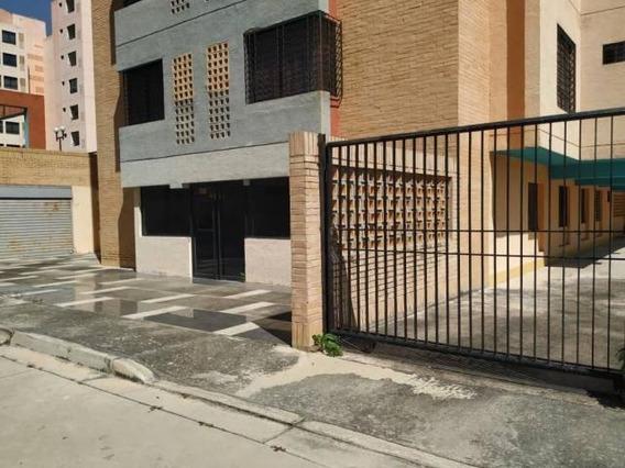 Oficina En Venta Agua Blanca Valencia Cod 20-7211 Ycm