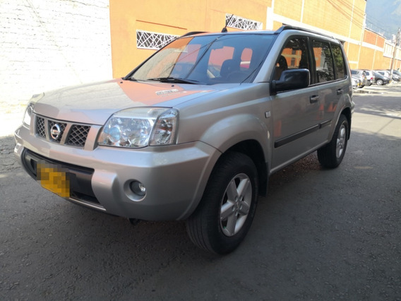Nissan X-trail 4x4 Mecánica Gasolina 2012