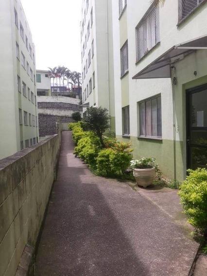 Apartamento 3 Dormitórios Barato - Ap4397