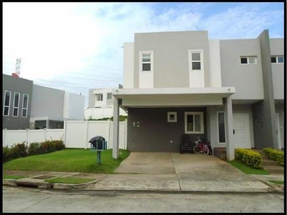 Casa Amoblada En Alquiler En Brisas Del Golf 20-2094 Emb