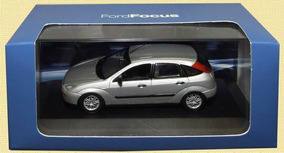 1/43 Ford Focus Hatch Mk1 Minichamps Miniatura Topminis