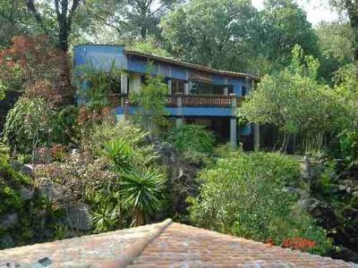 Hermosa Casa En Venta, En Santa Maria Ahuacatitlan, Morelos