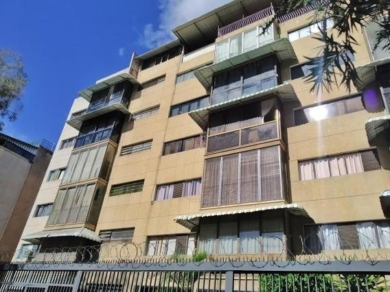 Apartamento En Venta En Santa Monica, Caracas