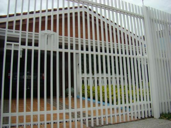 Casa Para Venda Em Tatuí, Jardim Fortunato Minghini, 3 Dormitórios, 1 Suíte, 2 Banheiros, 4 Vagas - 142