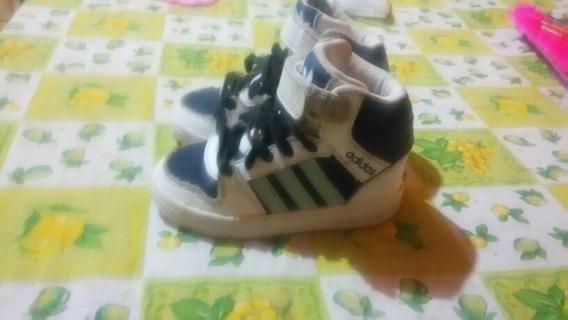 Zapatillas adidas Niño Perfectas Condiciones, Talle 20