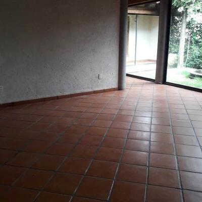 Casa Estilo Mexicano En Fracc Con Pluma