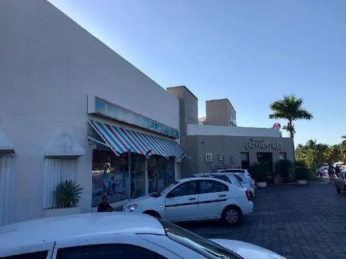 Oficina En Venta En Plaza Comercial, Zona Hotelera Cancun