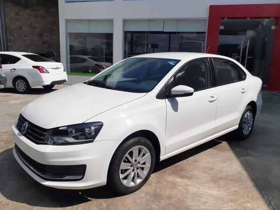 Volkswagen Vento 1.6 Confortline At 2018 Blanco Candy