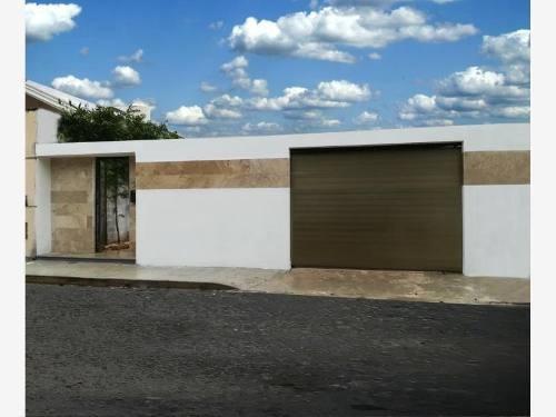 Casa En Venta En Fracc Nuevo Yucatan