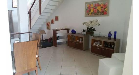 Uma Linda Casa Em Condomínio Fechado Em Tremembé - Cf-1310