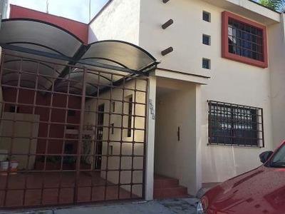 Se Vende Casa En Fracc Camino Real, La Hacienda