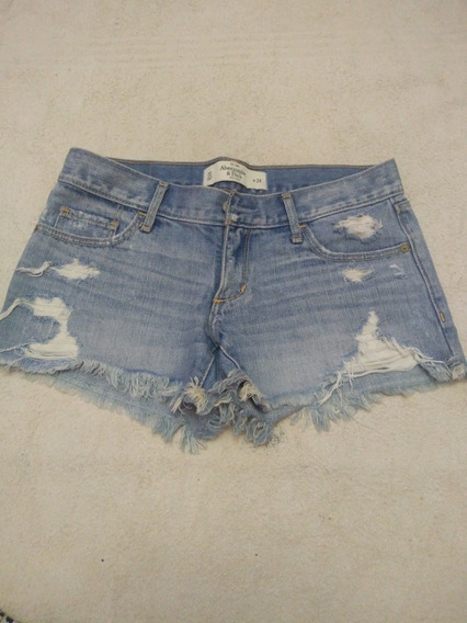 Short Abercrombie Con Roturas