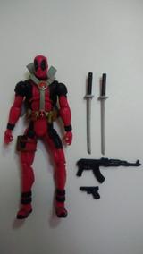 Boneco Deadpool X-men - Marvel Universe