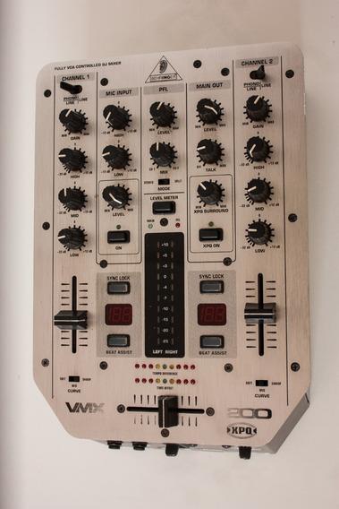 Behringer Pro Mixer Vmx200