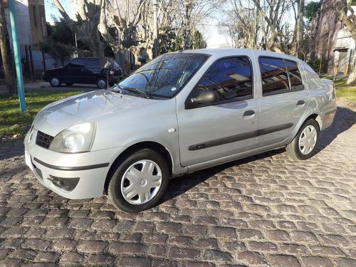 Imagen 1 de 12 de Renault