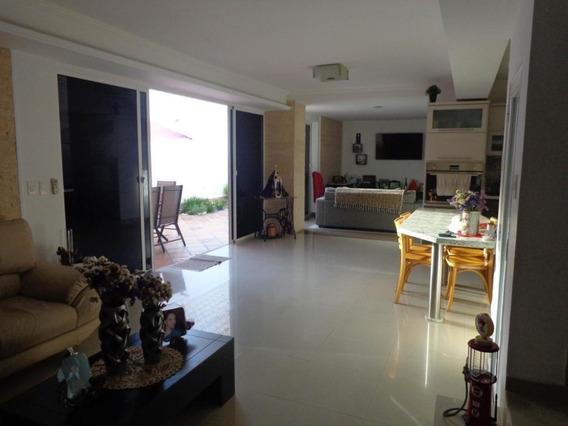 Casa En Venta Valles De Camoruco, Valencia Cod 20-8392 Ddr