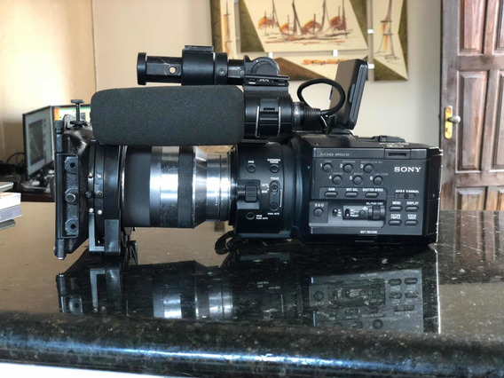 Câmera Sony Nex-fs100 Com Lente 18-200 Flashdrive Fmu128